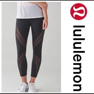 Lululemon High times pant Metta in gr8 condition